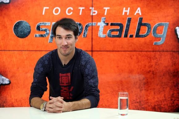 Фенове в Казан молят Попето да се върне в Рубин
