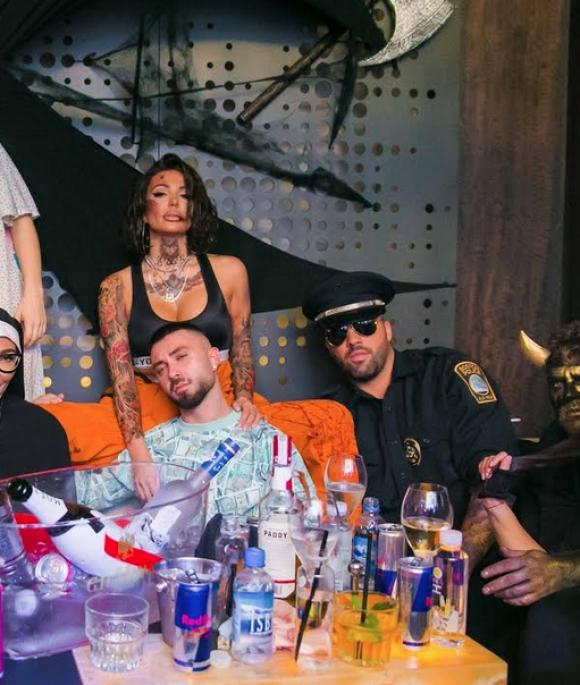 Изненадващо в нощта на Helloween Николета Лозанова бе арестувана (снимки)