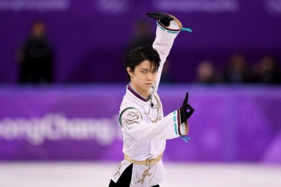 Юдзуру Ханю спечели убедително кратката програма