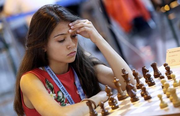 Белослава Кръстева в Топ 12 на световното по класически шахмат