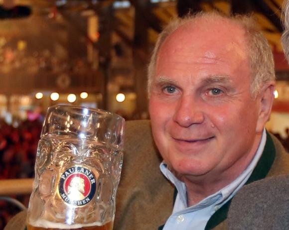Хьонес изненада феновете: Байерн е аутсайдер срещу Борусия