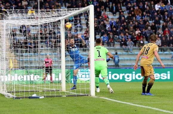 Емполи се пребори за втора победа през сезона