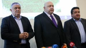 Взимат мерки да предпазят здравето на футболистите в България