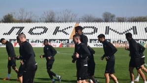 Асен Георгиев и Милош Петрович отпаднаха от групата на Локомотив Пловдив за мача със Славия