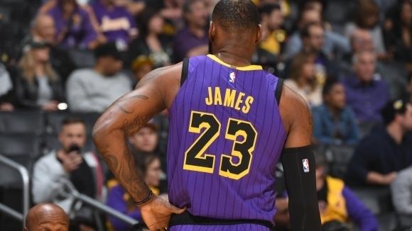 ЛеБрон Джеймс с нов рекорд в НБА, вече е пети във вечната ранглиста на...