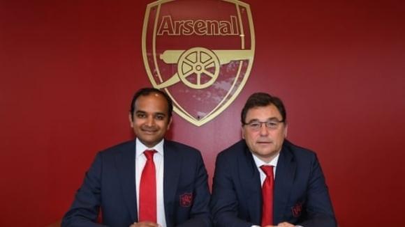 От Арсенал признаха: Разговаряхме за Суперлига, но няма да напускаме...