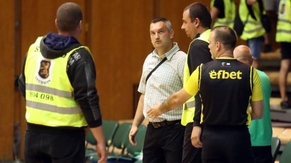 Михаил Михайлов: Шест отбора са поискали освобождаването на мениджъра на...