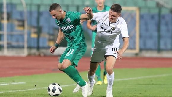 Витоша и Славия подновяват битките в Първа лига
