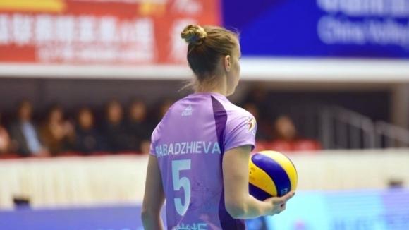 Фантастична Доби Рабаджиева с 36 точки, Гуанджоу тръгна с драматична загуба във финалната фаза в Китай