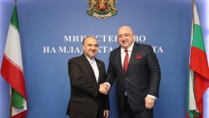 Красен Кралев и министърът на спорта и младежта на Иран подписаха Меморандум