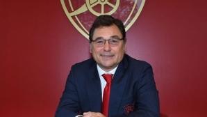 Арсенал може да привлече замеснтик на Уелбек през януари