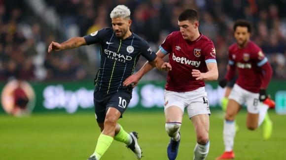 Скаути на Юнайтед гледали изявите на бранител на Уест Хам срещу Ман Сити