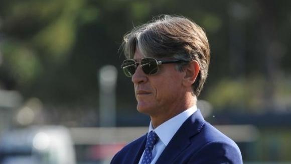 Това ли е новият спортен директор на Левски?