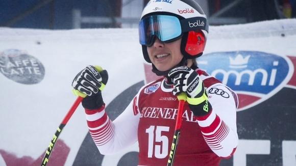 Никол Шмидхофер спечели първото спускане за сезона