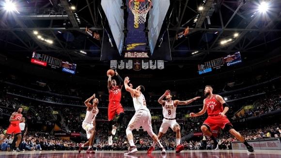 Осма поредна победа за Торонто в НБА