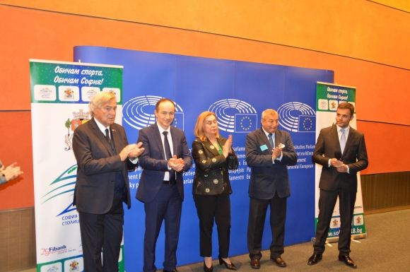 Йорданка Фандъкова организира среща на евростолиците на спорта