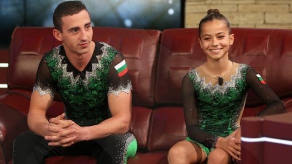 Олимпийски шампиони палят елхата в Бургас