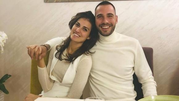 Скандален волейболист заведе гаджето на романтична ваканция