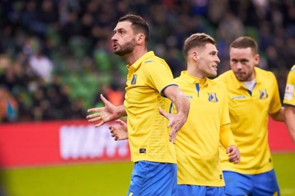 Ростов навакса пасив от два гола в Южното дерби (видео)
