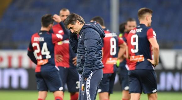 Дженоа уволни треньора след отпадането за Купата на Италия