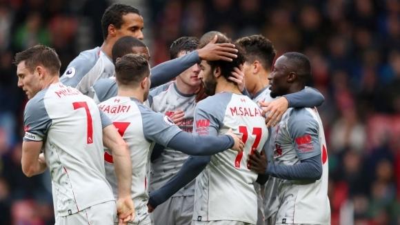 Ливърпул гледа дербито между Челси и Ман Сити от върха след хеттрик на Салах (видео)