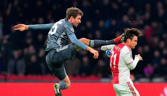 УЕФА се събира да умува върху тежко наказание за Мюлер