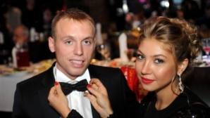 Футболна съпруга обвини мъжа си в опит за убийство