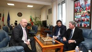 Кралев проведе работна среща с президента на Международната тенис федерация