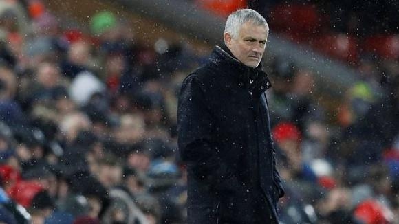 Рой Кийн и Гари Невил критикуваха Юнайтед след поражението срещу Ливърпул