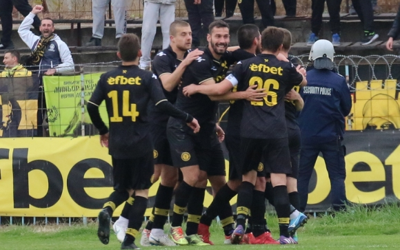 Чистка в Миньор - 12 футболисти са освободени