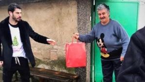 Галин Иванов зарадва социално слаби семейства от Казанлък