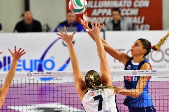 Ели Василева и Скандичи с нова драматична победа в Италия (снимки)
