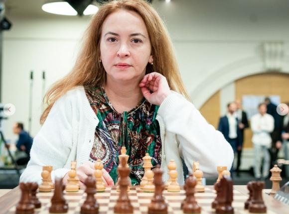 Антоанета Стефанова върви 11-а на световното по ускорен шах