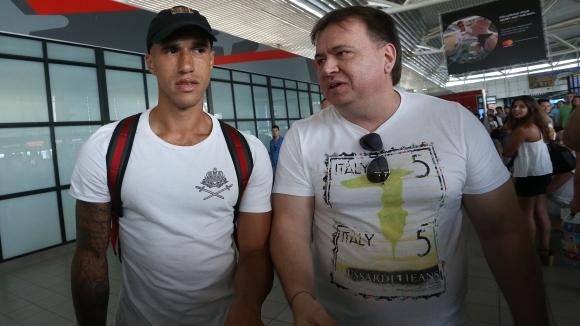 """Мениджърът, докарал куп чужденци на """"Герена"""", поиска Левски да бъде обявен в несъстоятелност"""