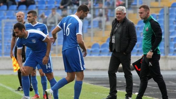 Макриев отново ще играе в Кипър