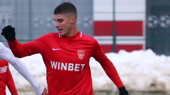 Ботев (Пд) ще се пробва за голмайстора на Втора лига
