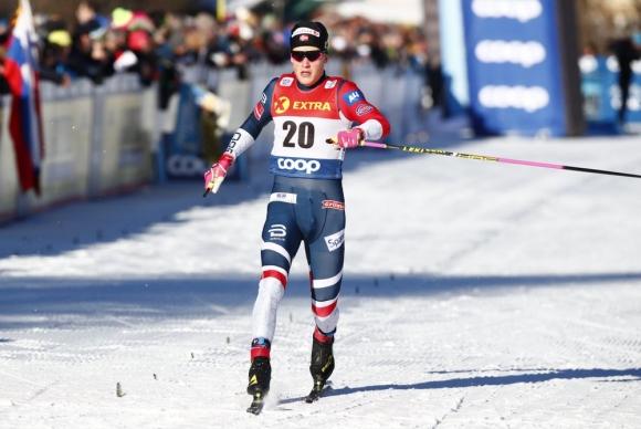 Йоханес Клаебо спечели спринта в Толбах