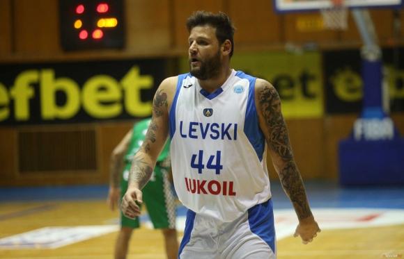 Левски Лукойл с победа във Варна