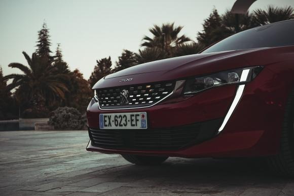 Ново начало - тест драйв на Peugeot 508
