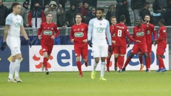 Унижение за Олимпик Марсилия - четвъртодивизионен отбор го изхвърли от Купата на Франция