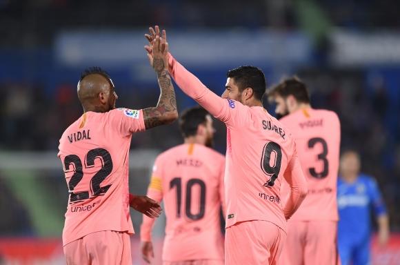 Меси и Суарес с повече голове от Реал