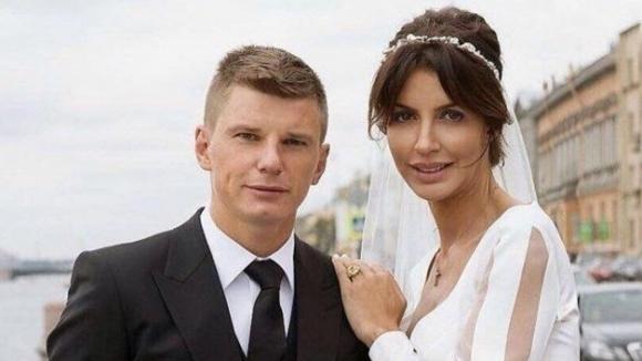Заради постоянни изневери: Аршавин и Алиса се развеждат