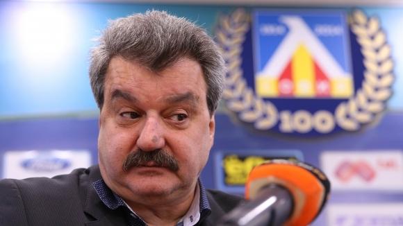 Батков разкритикува Спас Русев и направи интересно сравнение между Левски и Литекс