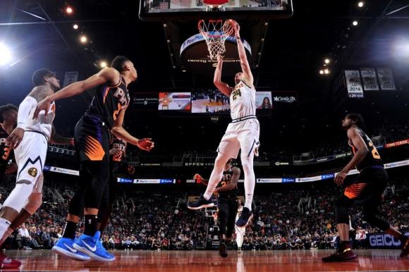 Финикс изненада водача в Западната конференция на НБА