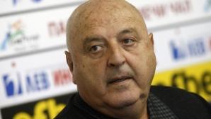Венци Стефанов: Футболистите искат в Славия, а не да гледат Ривалдиньо