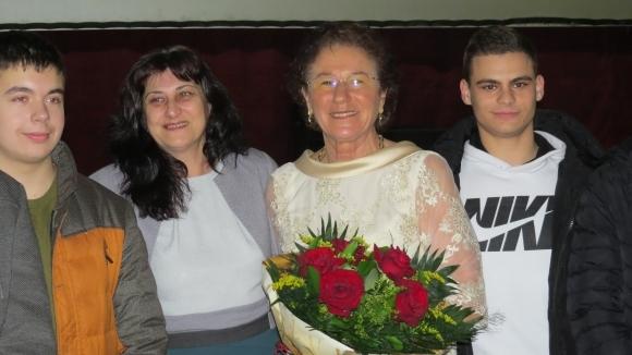 Йорданка Благоева представи автобиографичната си книга в родния си град...