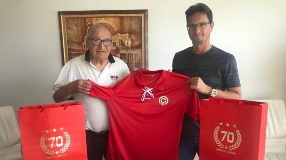 Спряганият за бос на Левски е фен на ЦСКА