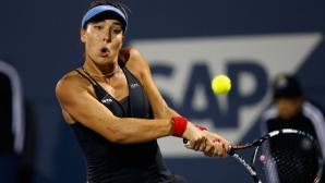 Елица Костова се класира за полуфиналите на двойки в Сингапур
