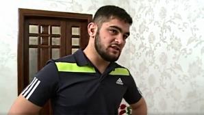 Бивш ММА боец помля банка в Москва (видео)