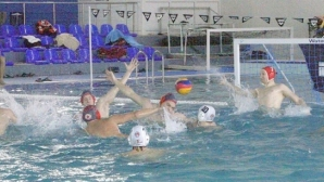 Локомотив Никола Нанов поведе след първия квалификационен турнир